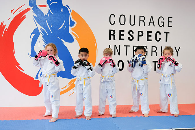 kids-martial-arts-lined-up-016